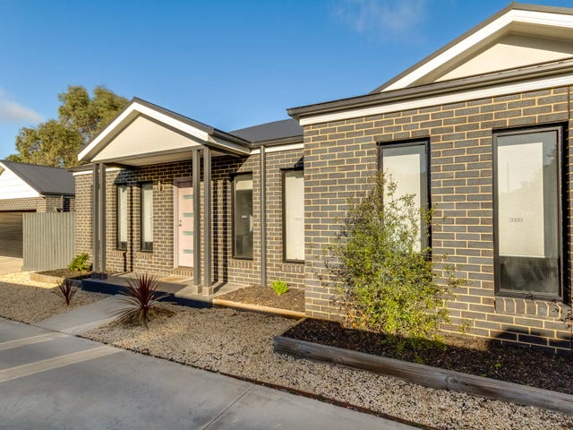 2/45 Mackenzie Street West, Golden Square, Vic 3555