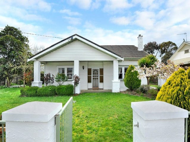 1106 Gregory Street, Lake Wendouree, Vic 3350