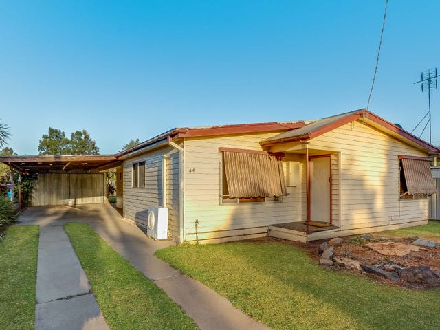 44 Railway Road, Elmore, Vic 3558