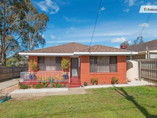 15 McDonald Street, Melton South, Vic 3338