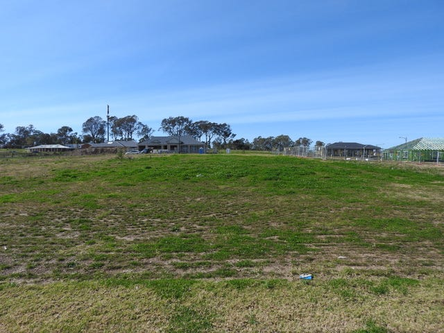 11 Wintle Road, The Oaks, NSW 2570