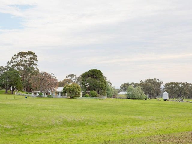 106 Pollards Road, Maldon, Vic 3463