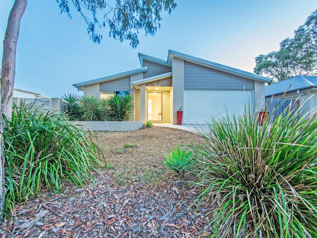 7 Foxwood Circuit, Wakerley, Qld 4154