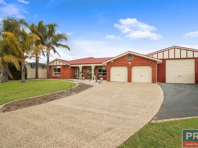 11 Donnolley Court, Lavington, NSW 2641
