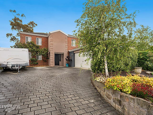 8 Ferncroft Court, Berwick, Vic 3806