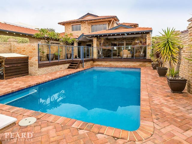17 Helsall Court, Sorrento, WA 6020