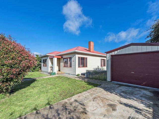 1/68 Hiller Street, Devonport, Tas 7310