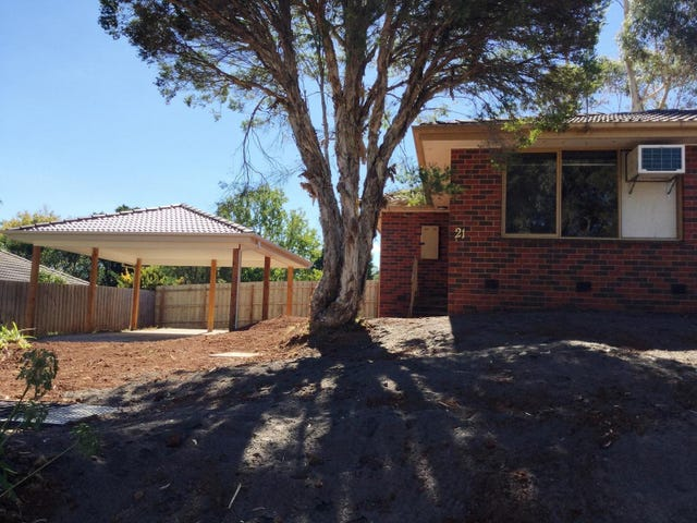 21 Churchill Drive, Mooroolbark, Vic 3138