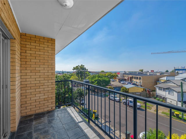 8/106 Bayview Terrace, Clayfield, Qld 4011