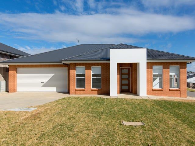 9 Warrock Place, Bourkelands, NSW 2650