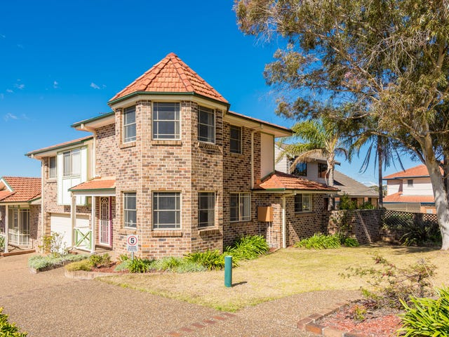 1/56 Old Bush Road, Yarrawarrah, NSW 2233