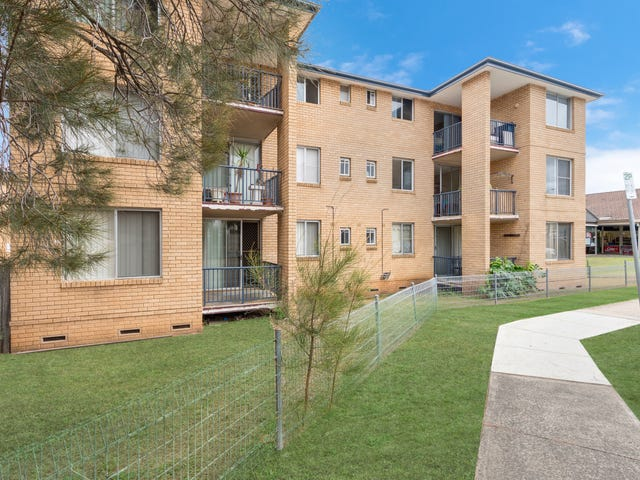 10/5-7 Hoddle Avenue, Bradbury, NSW 2560
