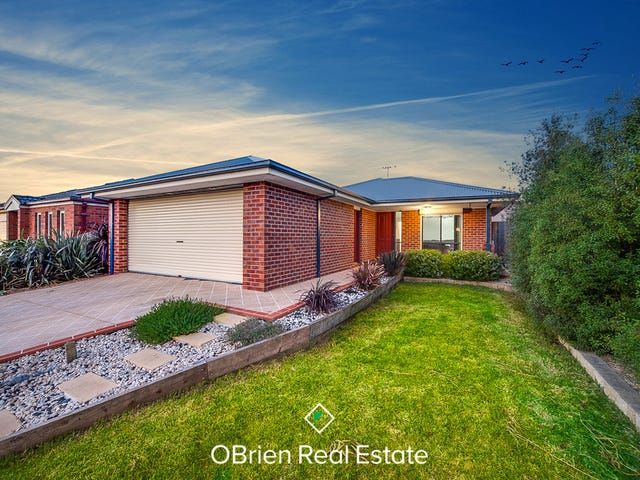 8 Venus Place, Cranbourne, Vic 3977