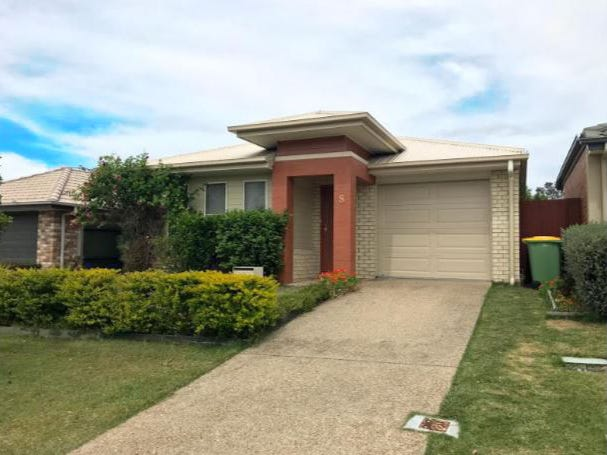 8 Ravensbourne Circuit, Waterford, Qld 4133