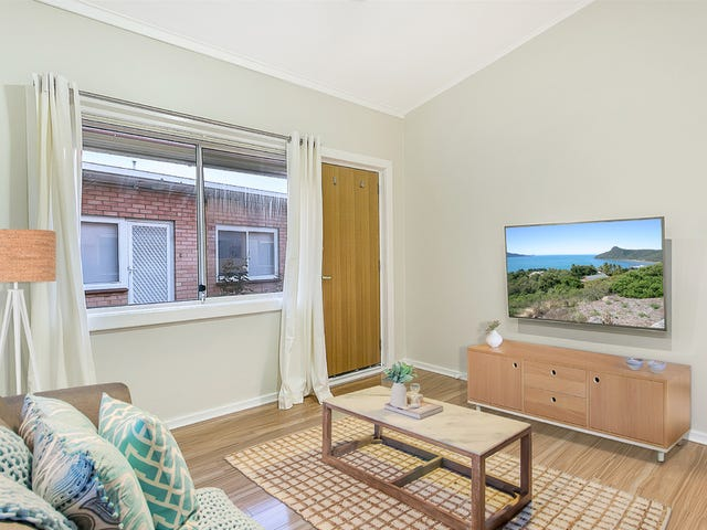 2/1a Gladstone Road, North Brighton, SA 5048