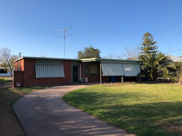 34  Finley Street, Finley, NSW 2713