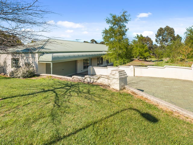 5 Samuel Court, Woodend, Vic 3442