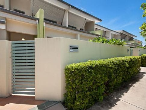 2/66 Davidson Street, South Townsville, Qld 4810