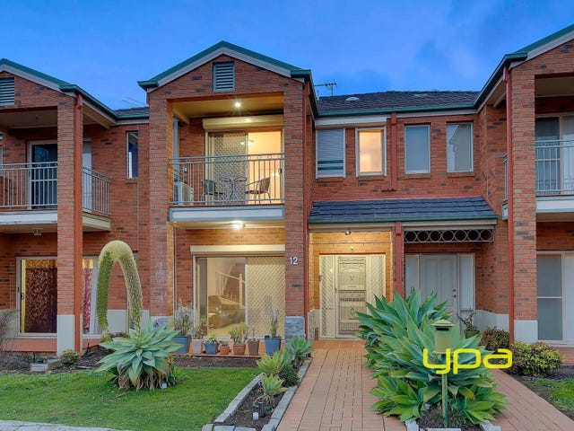 12 The Glades, Taylors Hill, Vic 3037
