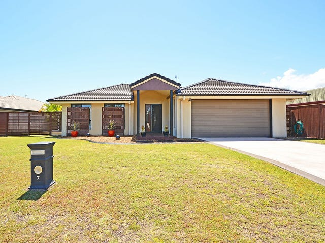 7 Lockerbie Court, Kawungan, Qld 4655