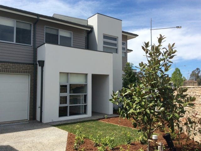 1 (Outlook) Aspect Crescent, Glenmore Park, NSW 2745