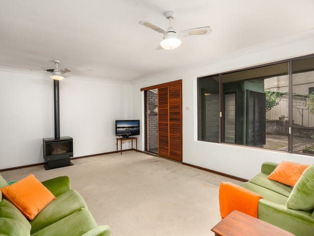 8/23 Woodlawn Avenue, Mangerton, NSW 2500