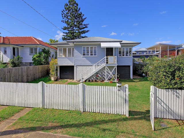 30 Brisbane Corso, Fairfield, Qld 4103