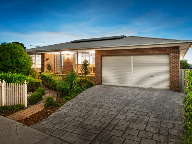 40 Spruce Drive, Rowville, Vic 3178
