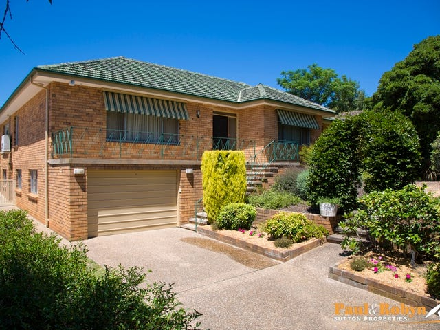 54 James Street, Curtin, ACT 2605