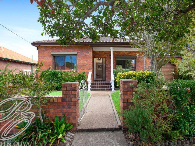 33 Hillcrest Avenue, Strathfield South, NSW 2136
