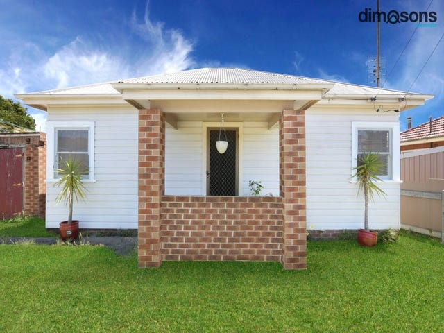 93 Mount Keira Rd, West Wollongong, NSW 2500