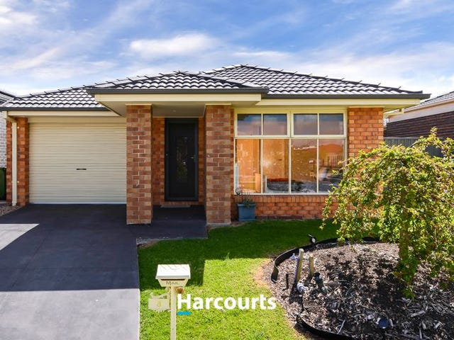 8 Tarwin Place, Cranbourne East, Vic 3977