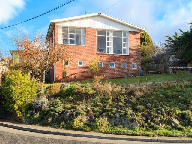 9 Wandeet Place, Sandy Bay, Tas 7005