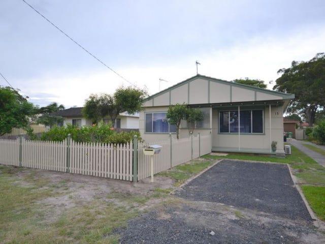 13 Donald Avenue, Umina Beach, NSW 2257