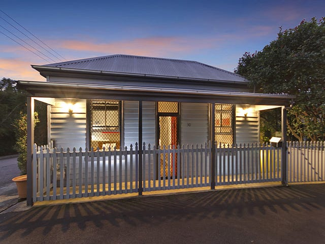 30 Henry Street, Tighes Hill, NSW 2297