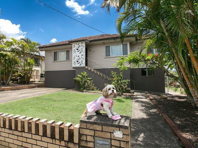 224 Stanley Road, Carina, Qld 4152