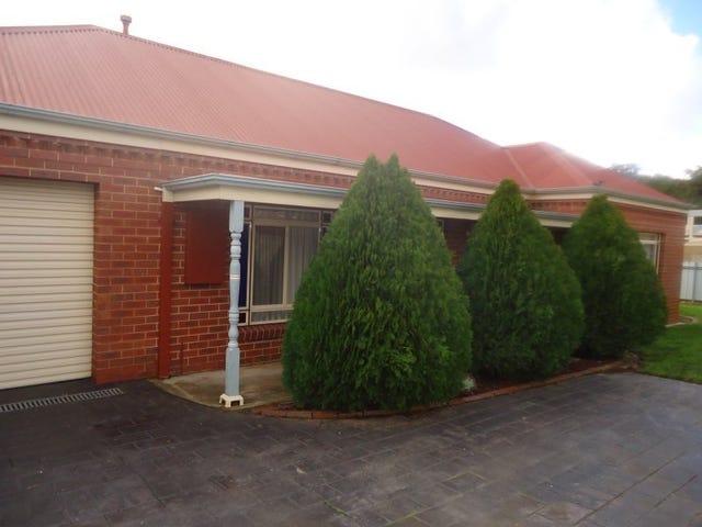 1/3 Landale Drive, Strathdale, Vic 3550