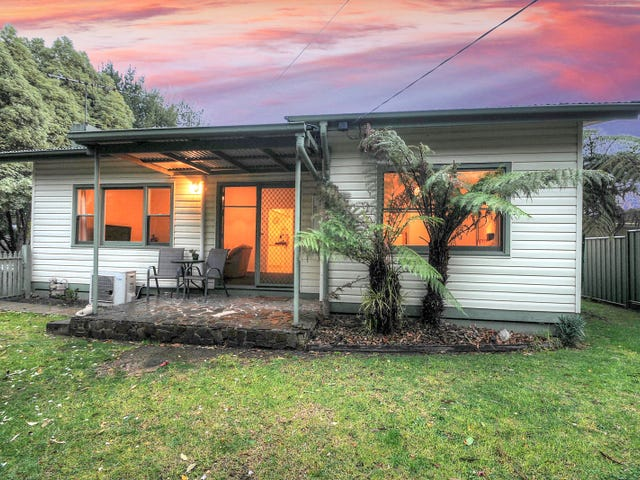 4 Dee Road, Millgrove, Vic 3799
