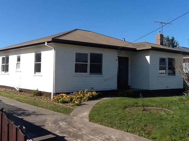 16 Elizabeth Street, Devonport, Tas 7310