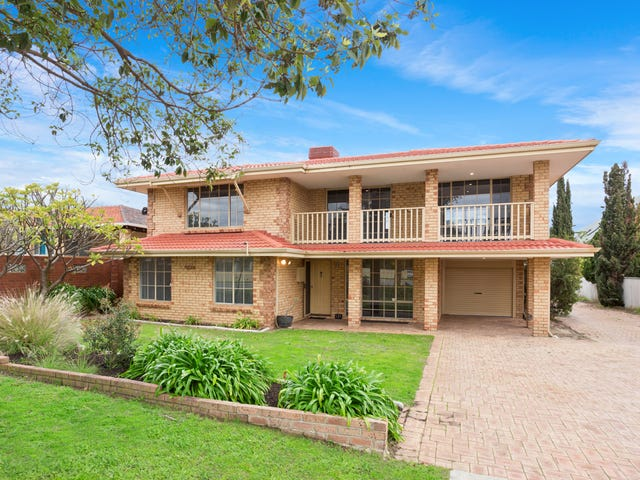 121A Moreing Road, Attadale, WA 6156
