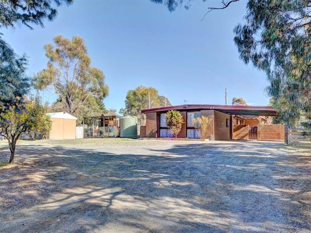 9 Kennedys Road, Smythes Creek, Vic 3351