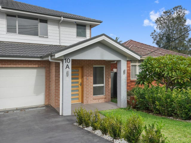 10a Kathleen Parade, Picnic Point, NSW 2213