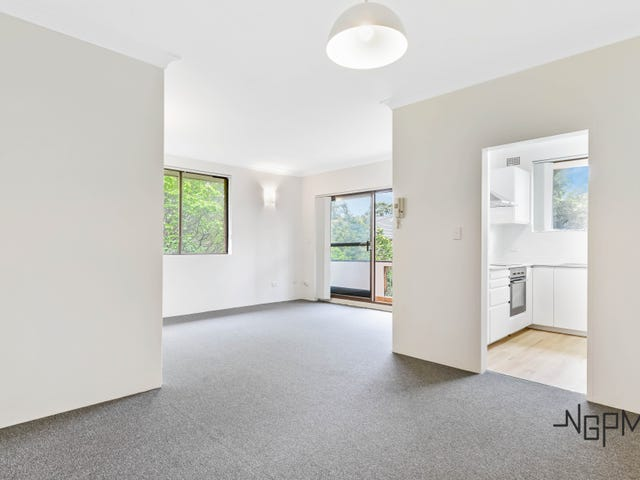 6/55 Hampton Court Road, Carlton, NSW 2218