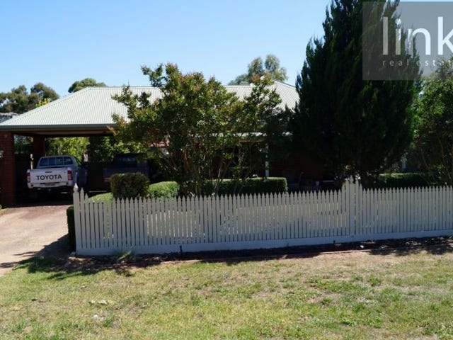 111 Short Street, Howlong, NSW 2643