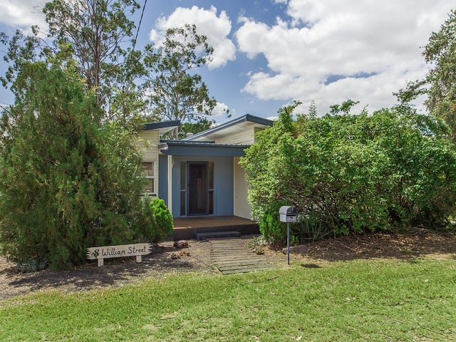 8 William Street, Blackstone, Qld 4304