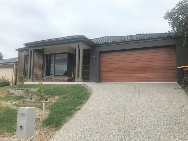 35 Courtney Drive, Sunbury, Vic 3429
