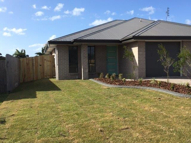8A Empire Cct, Dundowran, Qld 4655