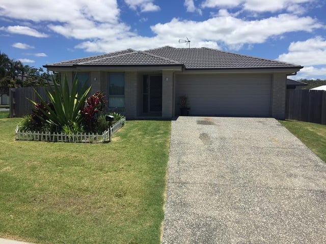11 Roseapple Circuit, Oxenford, Qld 4210