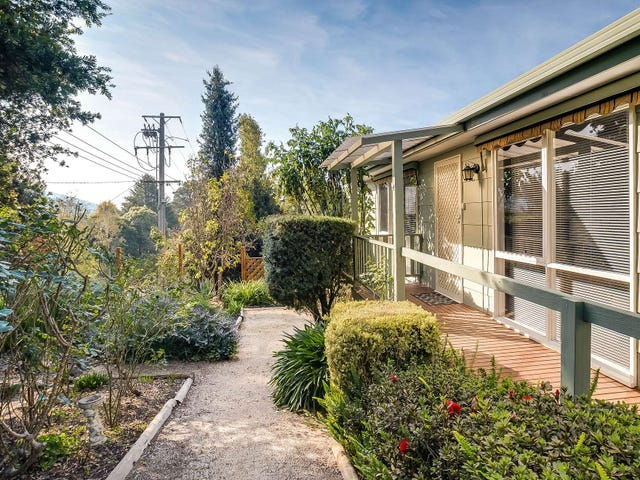 4 Greenslopes Road, The Patch, Vic 3792