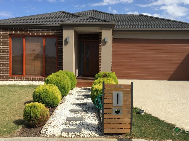 132 Mountainview Boulevard, Cranbourne North, Vic 3977
